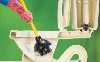 Засорился унитаз — что делать, как прочистить, если забился, варианты устранения засоров