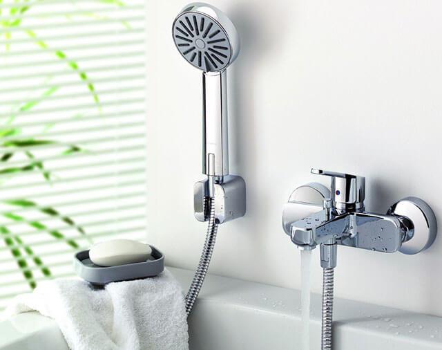 какой смеситель поставить в ванную