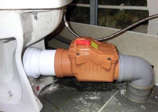 обратный клапан на напорную канализацию