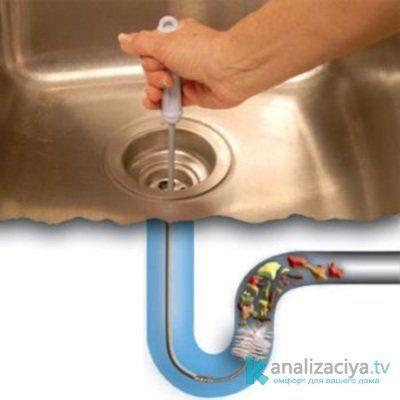 Очистка канализационных труб тросом
