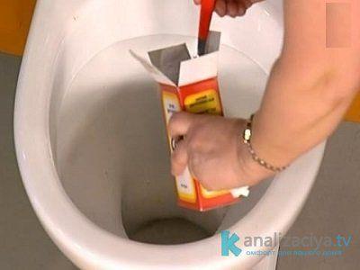Очистка труб от жира при помощи соды