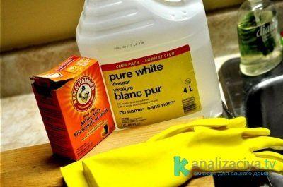Меры предосторожности при использовании химических средств для чистки труб