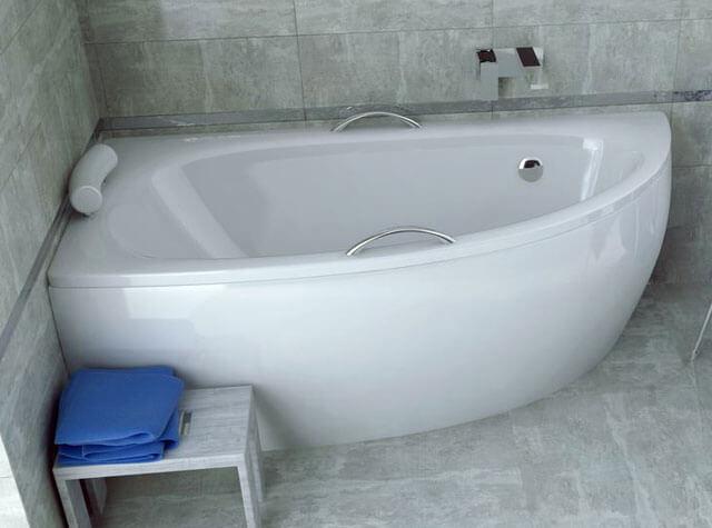 какую ванну выбрать акрил или чугун