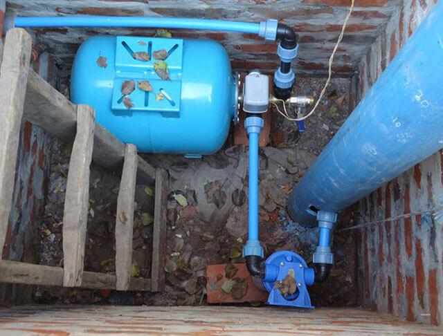 подача воды из скважины