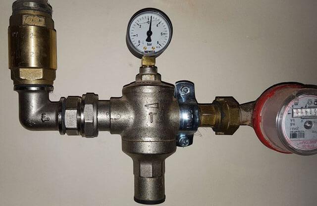 редуктор давления для водопровода