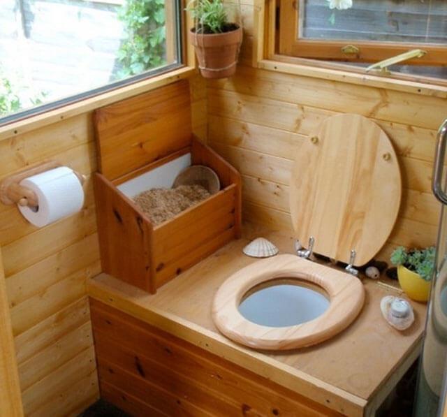 какой туалет сделать на даче