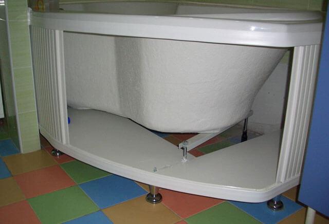 как сделать под ванной экран раздвижной