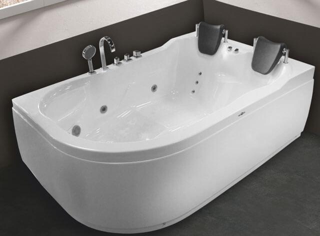 отличие акриловых ванн от чугунных