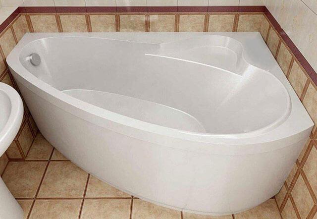 какую ванну лучше выбрать чугунную или акриловую