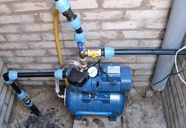 насос для подкачки воды из водопровода