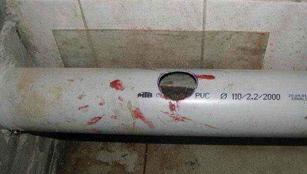 врезка в канализационный стояк
