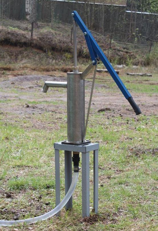 ручной насос для перекачки воды