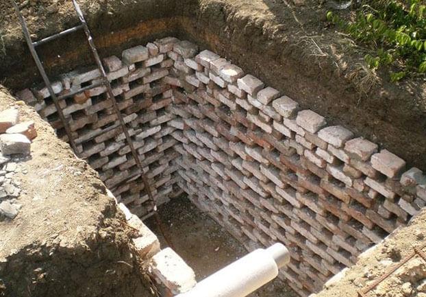 как правильно выкопать сливную яму