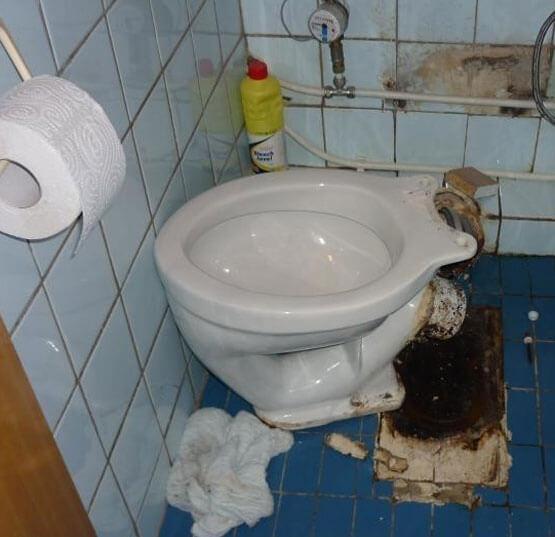 соединение унитаза с канализацией из пластиковых труб
