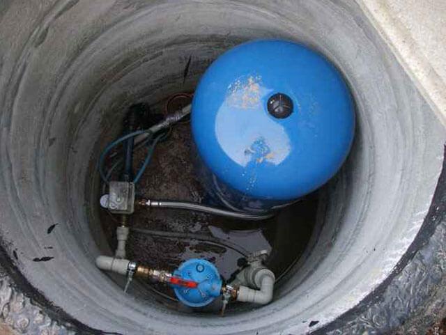 как провести воду со скважины в дом