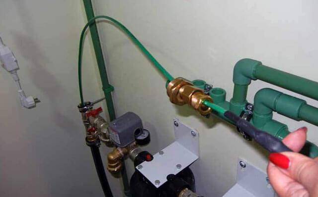обогревающий кабель для водопровода